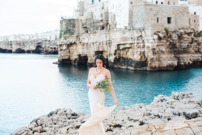 WEDDING EDITORIAL Een destination bridal shoot aan de Adriatische Zee